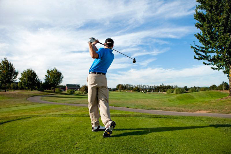 Golf activité Périgord Tourisme circuit touristique avec L'hôtel Le Vieux-Logis