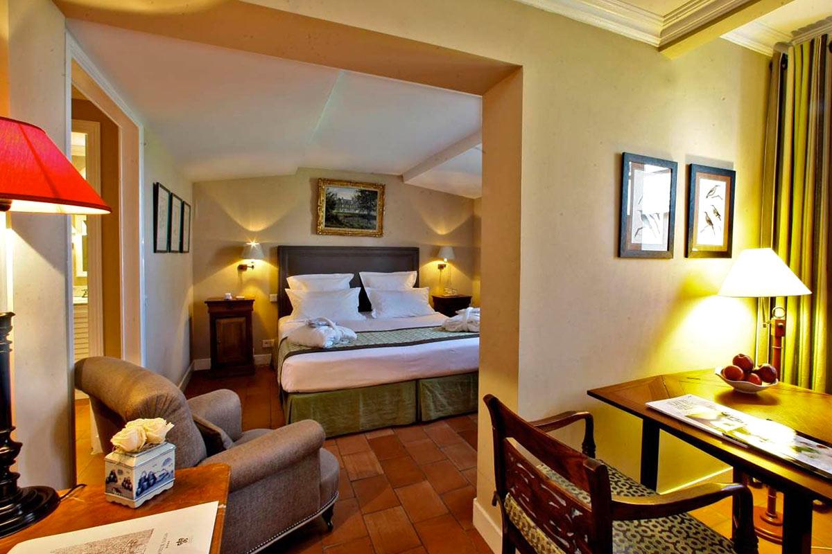 Chambres Supérieures LE VIEUX LOGIS - Hôtel 4 étoiles Relais & Châteaux