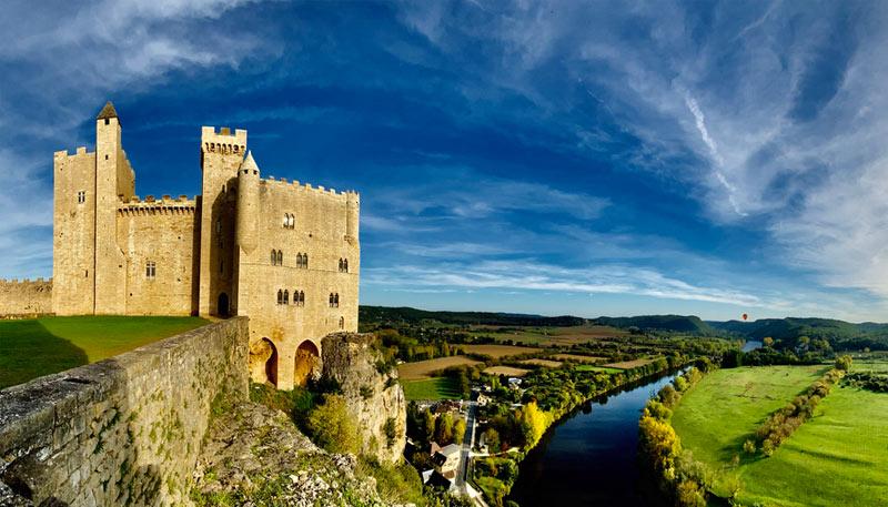 Château de Beynac Vallée de la Dordogne - Circuits touristiques du Vieux-Logis Hôtel 4 étoiles Relais & Châteaux